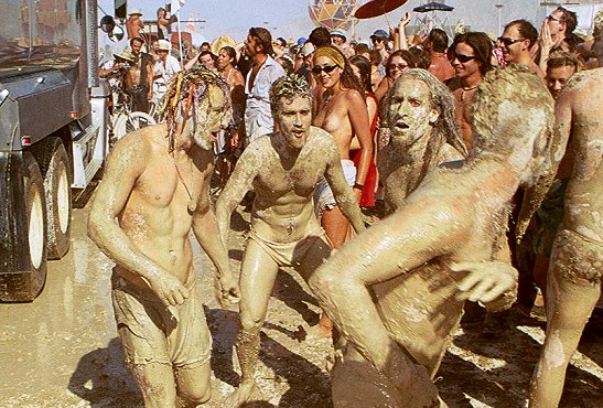 bonnaroo mud CoS Festival of the Decade: Bonnaroo Music Festival