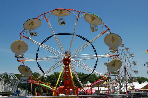 carnival ride Late Nights and Superjams: CoS at Wakarusa 10