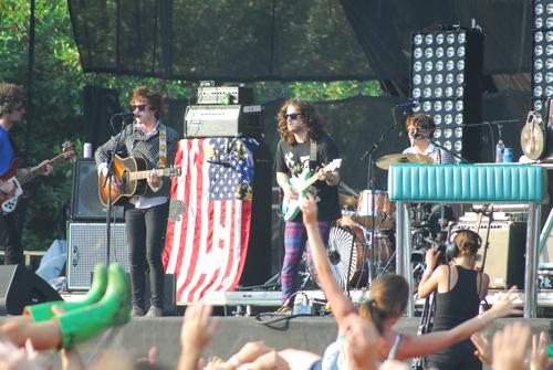 lolla 2010 mgmt 2 CoS vs. Grant Park III: Round Three at Lollapalooza 10
