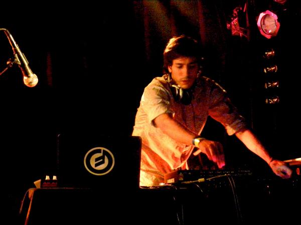livereviewnicolacruzla Live Review: Nicolas Jaar, Nicola Cruz at Los Angeles Echoplex (3/26)