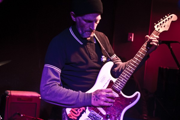 earth larson  3 e1353192981121 Live Review: Earth at Chicagos Township (11/16)