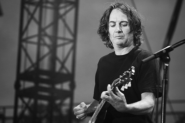 pearljambachrodt2 Live Review: Pearl Jam at Chicagos Wrigley Field (7/19)