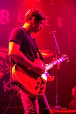 kingsofleonbachrodt21 Kings of Leon return to Chicagos House of Blues (10/2)