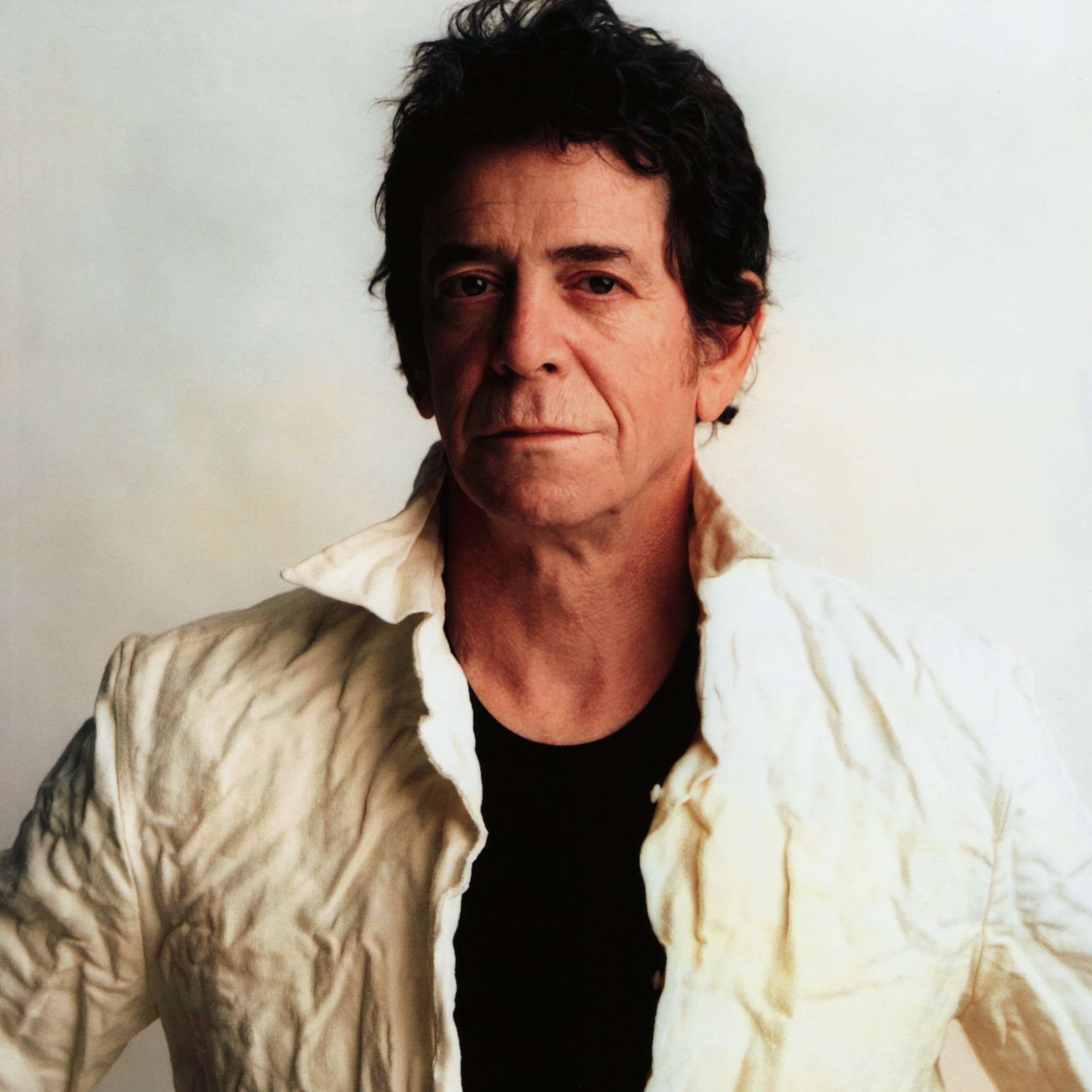 loureed portrait hr e1305207925495 Lou Reed tributes pour in: Pearl Jam, Neil Young, David Bowie honor late musician