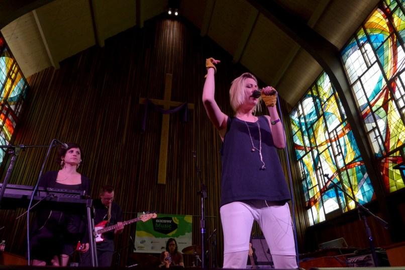ema3 SXSW 2014 Reviews: Julian Casablancas, Foxboro Hot Tubs, Angel Olsen, EMA