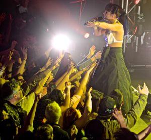 lily allen robert altman 15 Lily Allen Performs in NYC