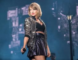 Taylor Swift, Minute Maid Park, photo by David Brendan Hall