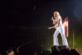 Florence and the Machine // Photo by Eric Tra