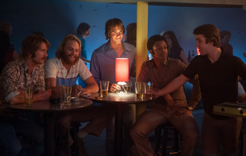 Left to right: Glen Powell plays Finnegan, Wyatt Russell plays Willoughby, Blake Jenner plays Jake, J. Quinton Johnson plays Dale Douglas and Temple Baker plays Plummer in Everybody Wants Some from Paramount Pictures and Annapurna Pictures.