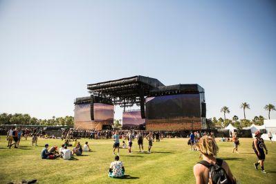 Coachella 2016 // Photo by Philip Cosores