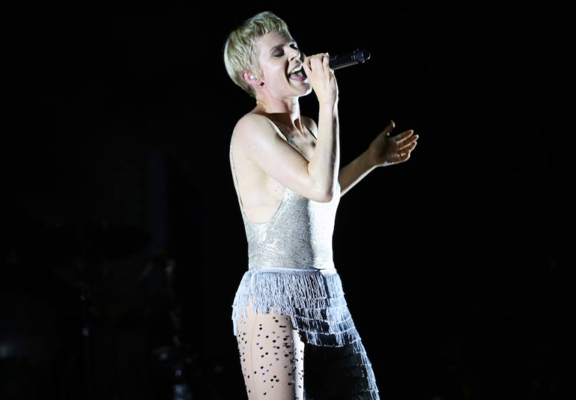 Robyn offers new album update