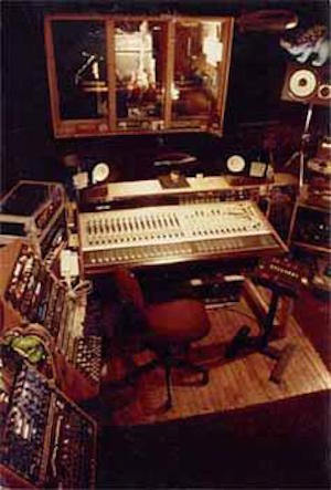 58576 10151571261155801 696223302 n How Bostons Fort Apache Studios Captured the Sound of an Era