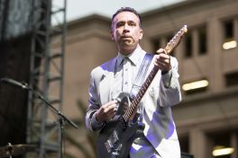 Fred Armisen // Photo by Philip Cosores