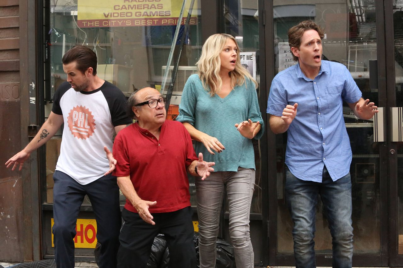 always sunny 2 Its Always Sunny Boldly Tackles Racism in La La Land