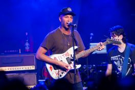 Tom Morello // Photo by Philip Cosores