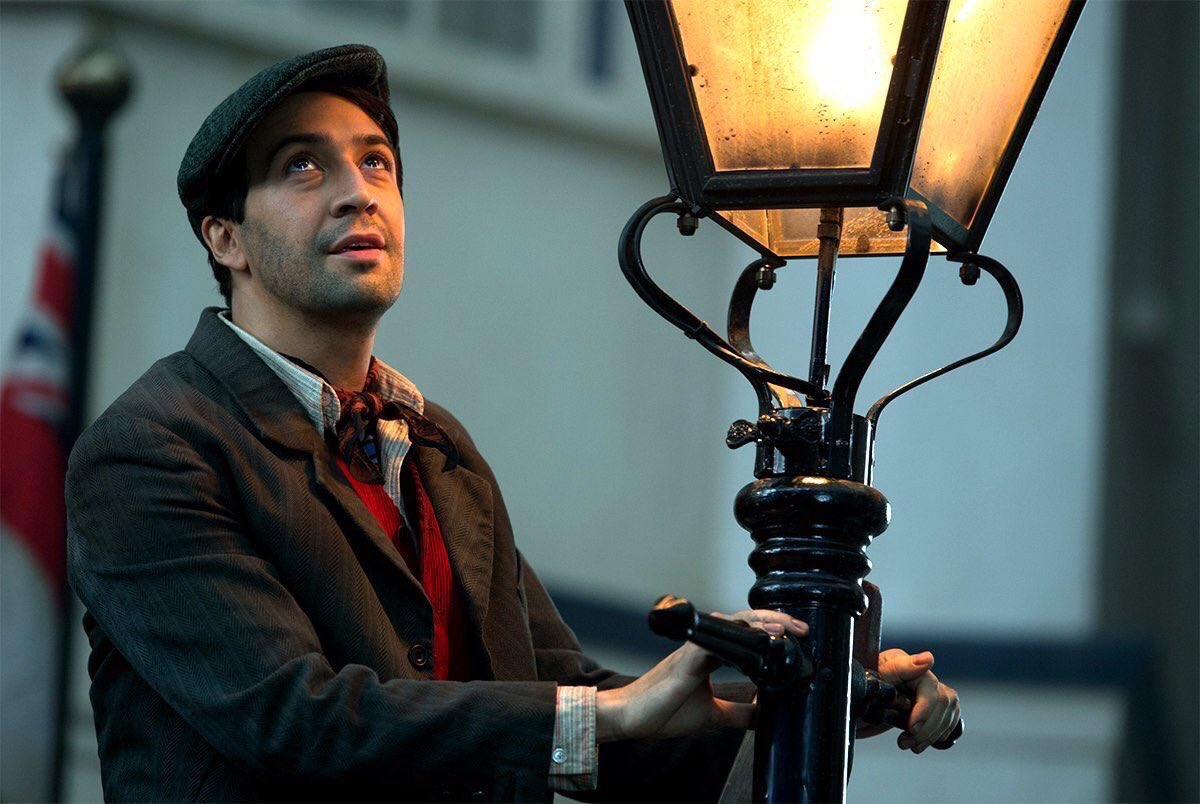 lin manuel mary Heres your first look at Emily Blunt and Lin Manuel Miranda in Mary Poppins Returns