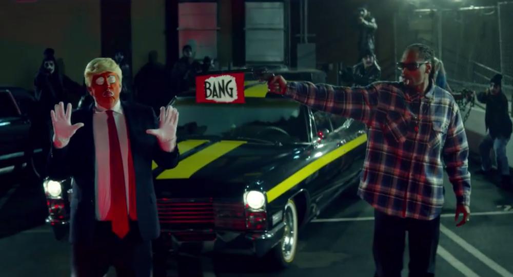 snoop dogg badbadnotgood remix trump video clowns Snoop Dogg remixes BadBadNotGood and Kaytranadas Lavender    listen