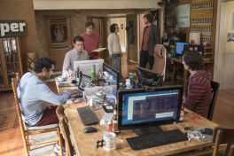 silicon valley 3 Silicon Valley Reboots with Fresh Anxieties and Bigger Laughs