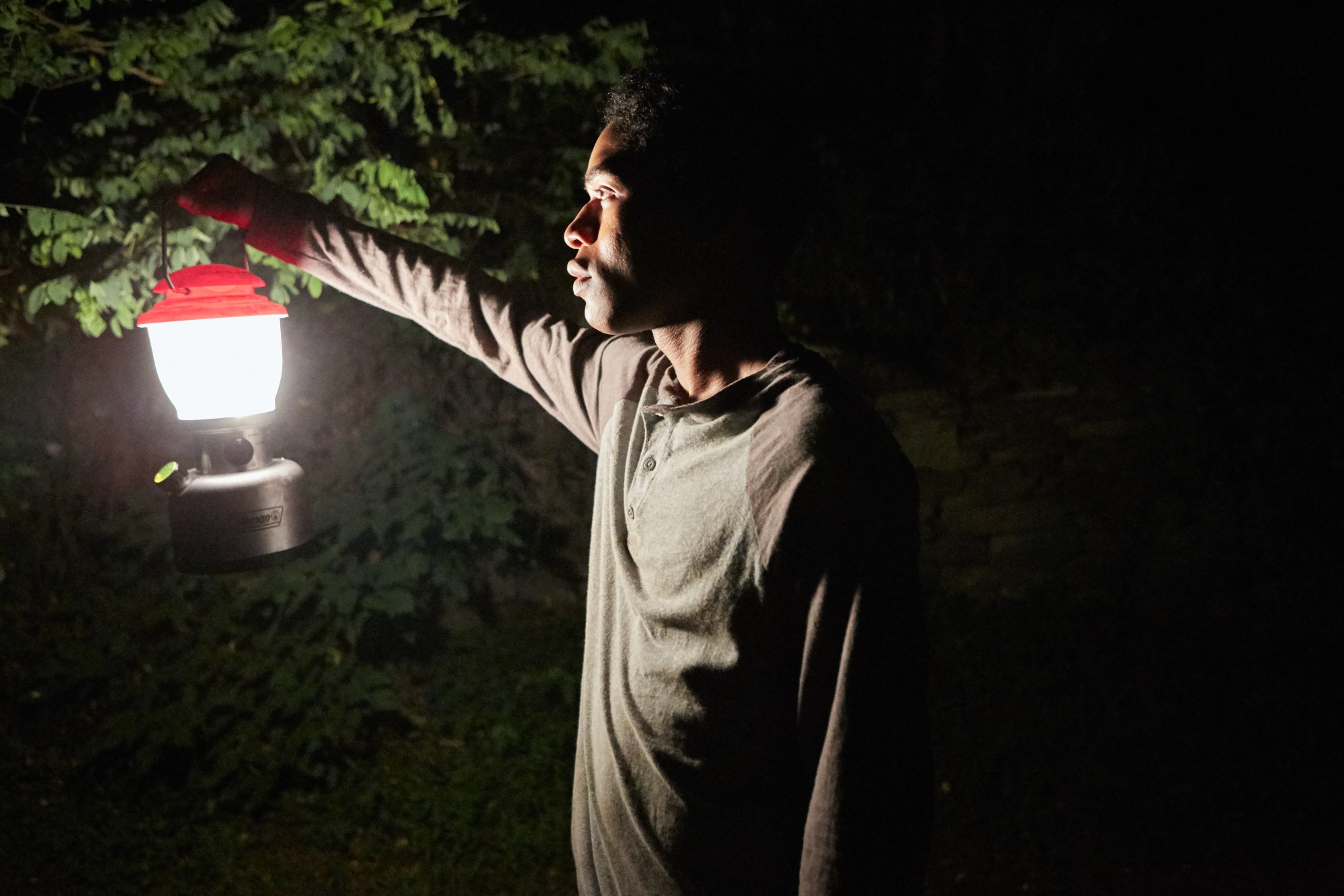 it comes at night 04 Director Trey Edward Shults Breaks Down His Brand of Horror