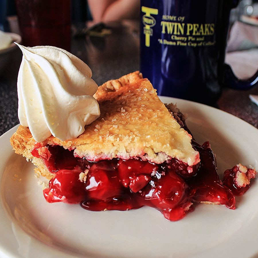 twedes cafe twin peaks cherry pie Where Pies Go to Die: Twin Peaks, Twedes Cafe, and the Mystique of the American Diner