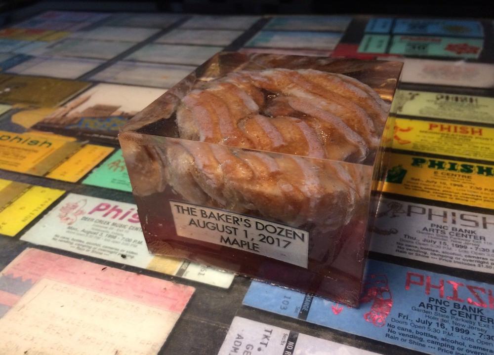 phish donut bakersdozen sale ebay Someone is selling Phishs Bakers Dozen donuts for $499