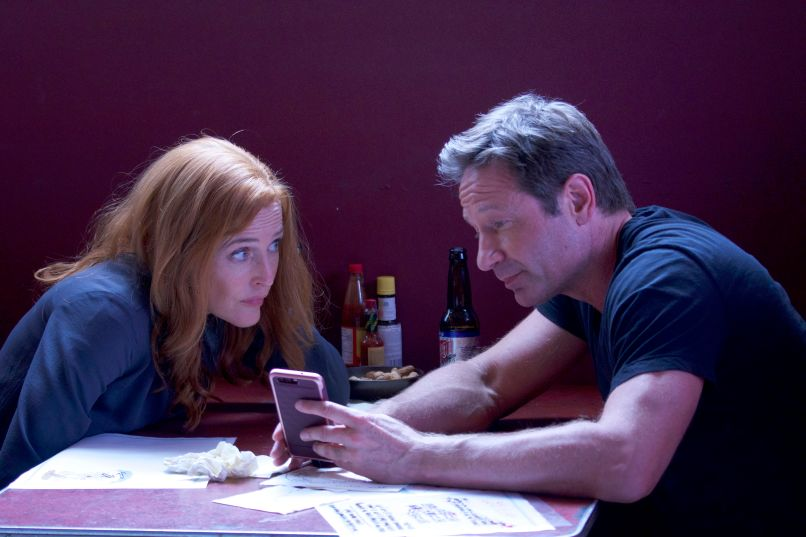 xf s2 202 sc 35 sh 0040 hires2 The X Files Returns with the Same Chris Carter Problem