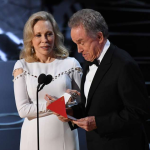 Faye Dunaway and Warren Beatty at the 2017 Oscars