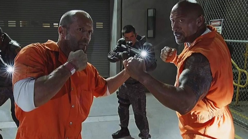 Dwayne Johnson and Jason Statham in The Fate of the Furious