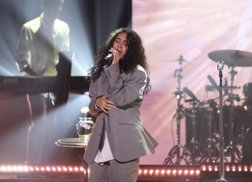 """Watch Alessia Cara perform """"Growing Pains"""" on Fallon"""