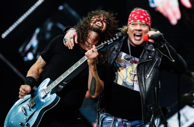 Dave Grohl and Axl Rose, photo by Katarina Benzova
