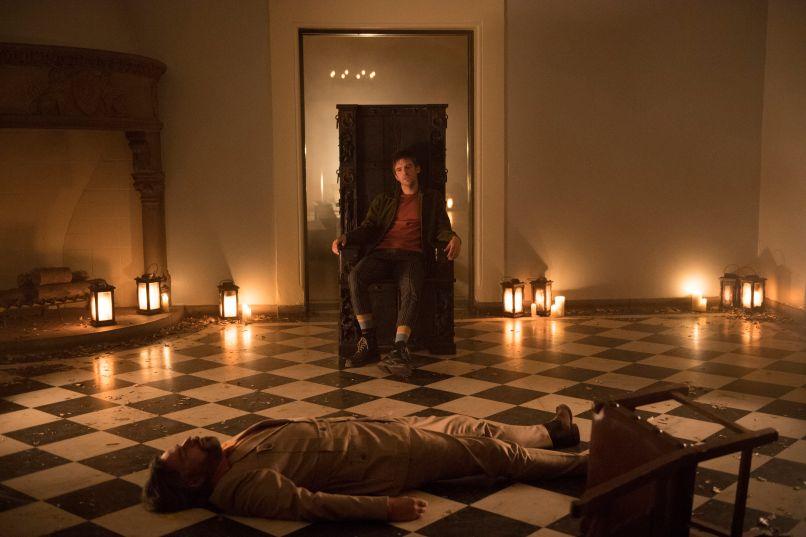 Legion Dan Stevens Chapter 18 Throne dark candles tile