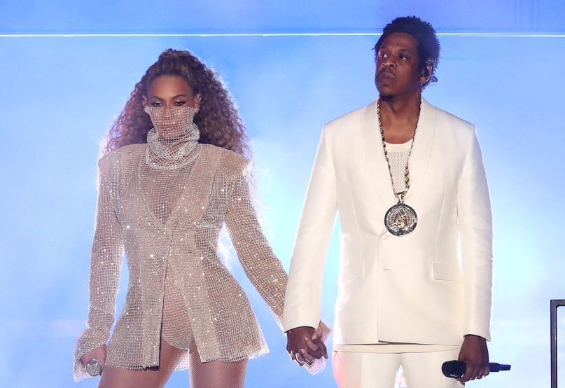 Beyonce JAY-Z Cardiff On The Run OTR II Tour Live Blue White Wales Cardiff Sparkly Stuff Mask Hair