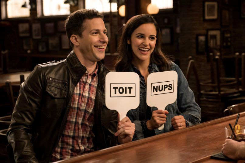 Toit Nups Brooklyn Nine-Nine Andy Samberg Melissa Fumero Fox