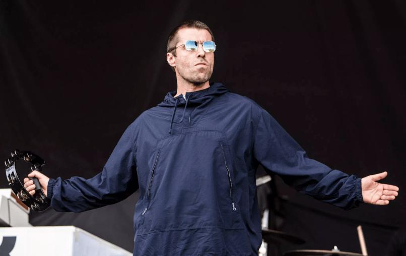 Liam Gallagher fish philip cosores Festival Internacional de Benicàssim