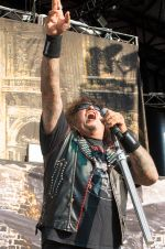 Testament's Chuck Billy at Jones Beach July 29 1