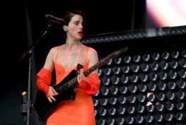 St. Vincent, Lollapalooza 2018, photo by Heather Kaplan