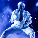 Childish Gambino breaks foot Dallas American Airlines Center