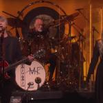Video Fleetwood Mac debuts new lineup on Ellen