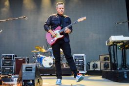 Jason Isbell and the 400 Unit There's No Leaving New York Amanda Koellner 4