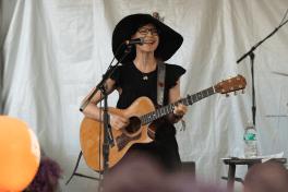 Lisa Loeb, Austin City Limits 2018, photo by Amy Price