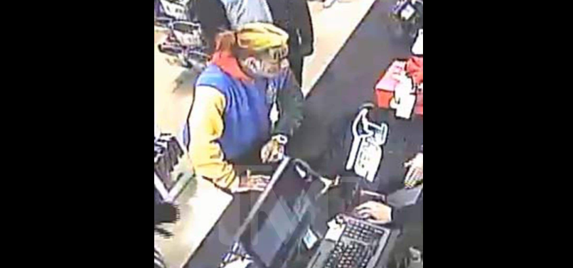 Tekashi 6ix9ine at scene of armed robbery