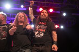 Jack Gibson and Phil Demmel perform with Metal Allegiance