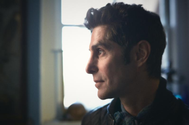 "Perry Farrell shares new song ""Machine Girl"": Stream"