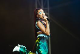 Ravyn Lenae, photo by Julia Drummond Governors Ball 2019