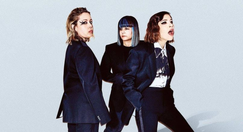 Carrie Brownstein Janet Weiss Departure Sleater-Kinney Sleater-Kinney, photo by Charlie Engman