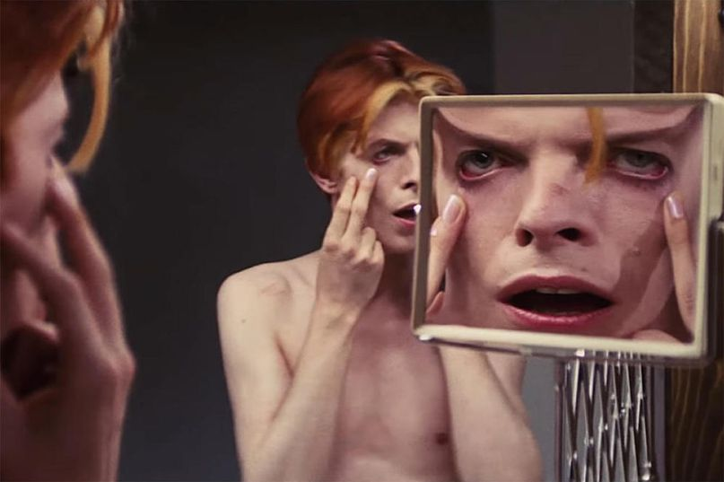 CBS TV series David Bowie in The Man Who Fell to Earth