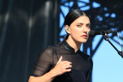 Sharon Van Etten at Lollapalooza 2019, photo by Heather Kaplan