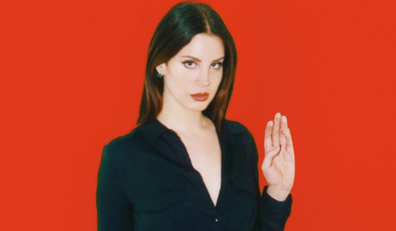 lana del rey seasons of the witch scary stories stream