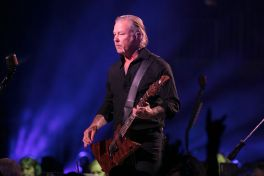 "Metallica perform ""S&M2"" show in San Francisco"