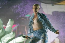 Robyn at Austin City Limits 2019, photo by Amy Price